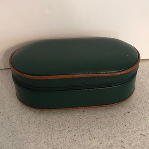 Forest green & tan jewelry box by Wolf Designs